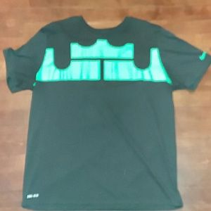 Nike mens XL tee